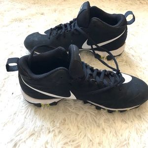 Nike || Black Football Cleats